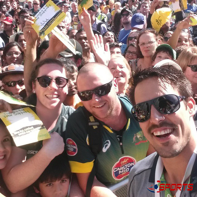 Mitchell-Johnson-Selfie