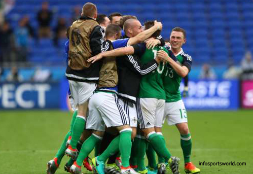 Euro 2016 Ukraine 0-2 Northern Ireland celebration