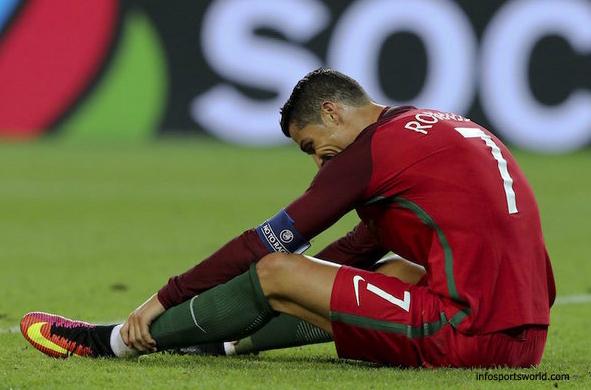 euro 2016 Cristiano Ronaldo Misses Penalty shot