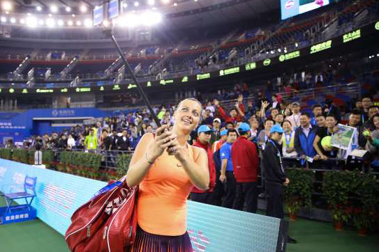 petra-kvitova-of-the-czech-republic-takes-a-selfie-with-fans