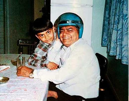 Virat-Kohli-With-Father-Prem-Kohli