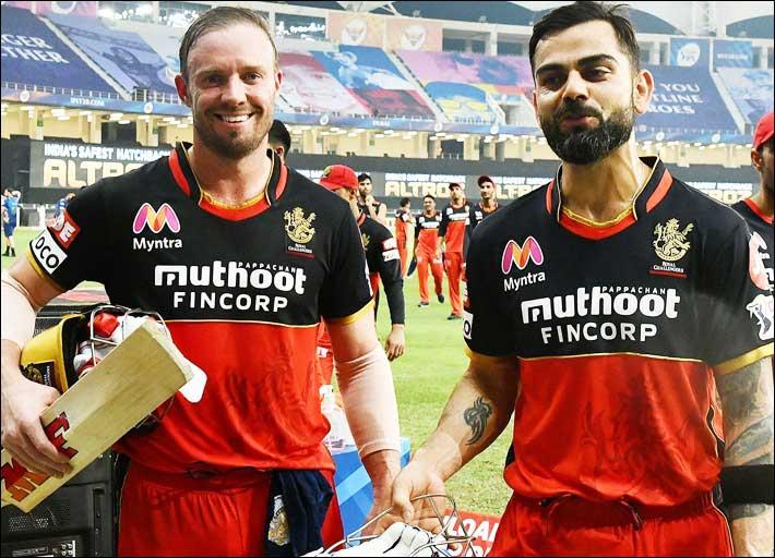 Royal-Challengers-Bangalore-skipper-Virat-Kohli-celebrates-after-hitting-the-final-delivery-of-the-Super-Over