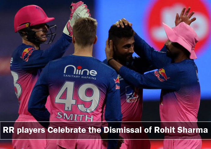 Rajasthan-Royals-players-celebrate-the-dismissal-of-Rohit-Sharma