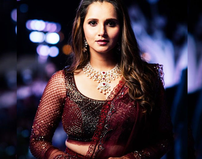 Sania Mirza's gorgeous Dress up in Sister's Wedding