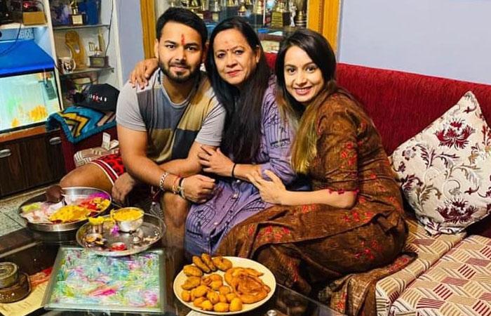 Rishabh Pant With Mother Saroj Pant and Sakshi Pant